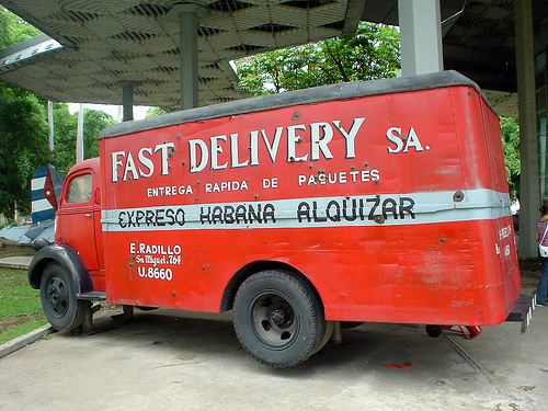 Red Cuban delivery truck